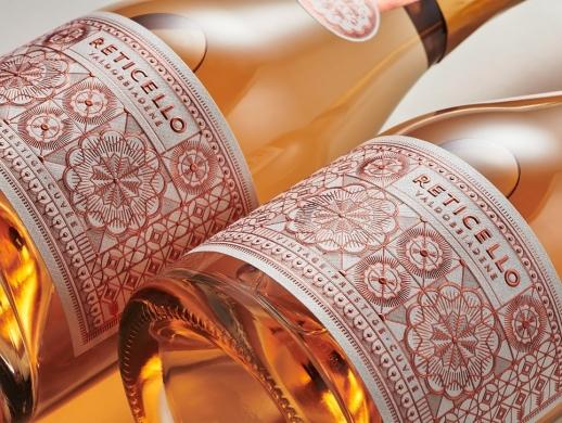 凸印工艺的洋酒酒标设计