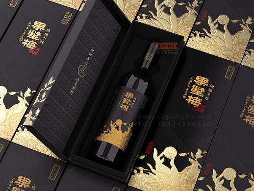 古一设计 X 原野农场杨梅红酒酒标设计