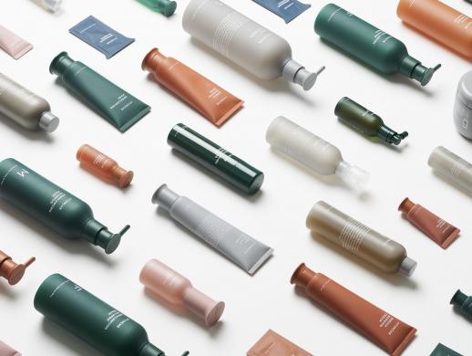 一套配色非常舒服的化妆品包装设计