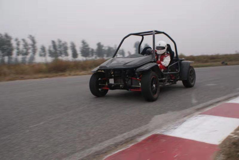 锐思赛车全新打造的锐卡赛车正式亮相!